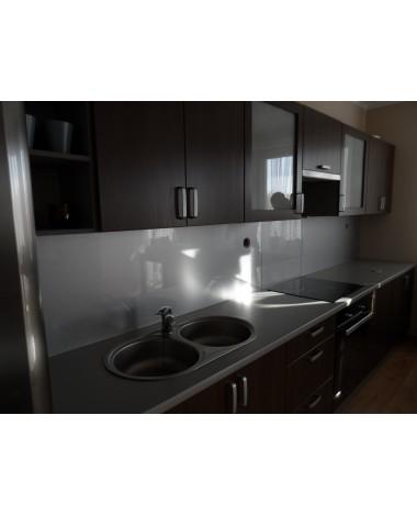 Szklo lacobel w kuchni